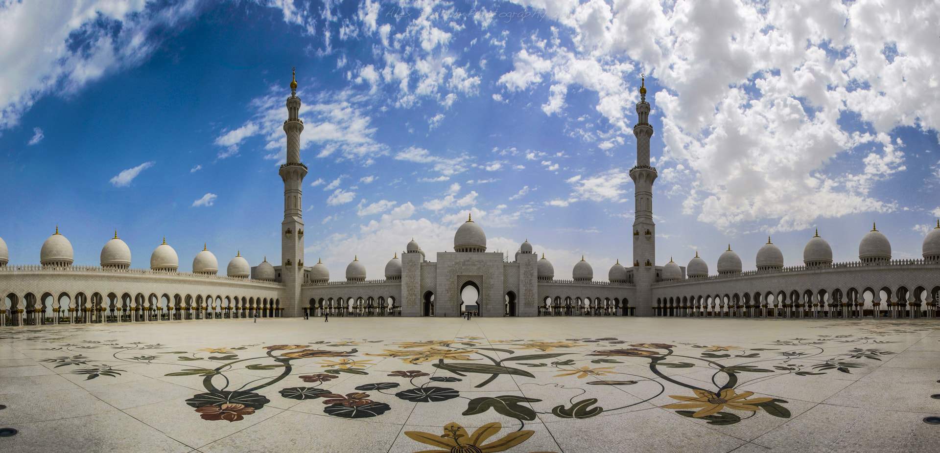 Photograph Sheikh Zayed Mosque by  Solich on 500px