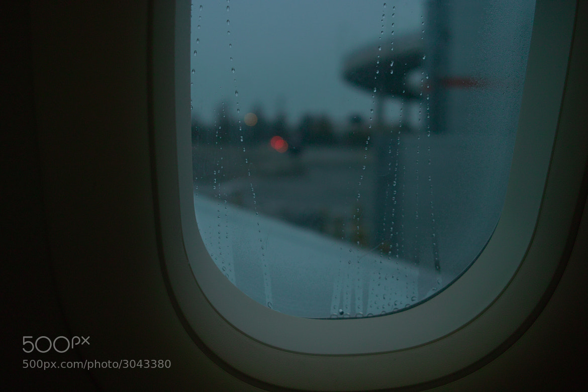 Photograph Heathrow 6:50 A.M. by toshyie Katsuyama on 500px