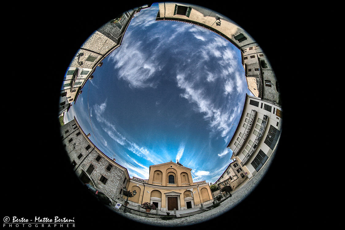 Photograph around the church by Matteo Bertani - Berteo on 500px