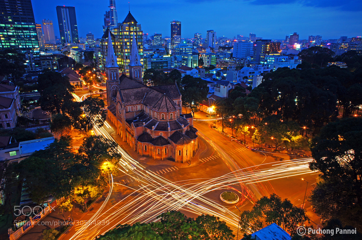 Photograph Saigon Notre-Dame Cathedral by Puchong Pannoi on 500px