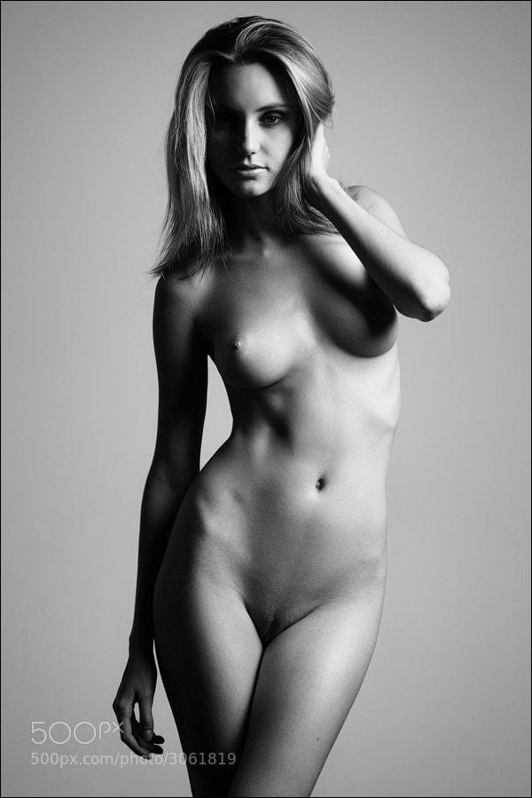 Photograph single light by Anton Martynov on 500px