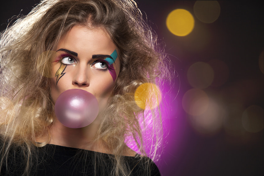Photograph Bubble gum by Klaas van der Laan on 500px