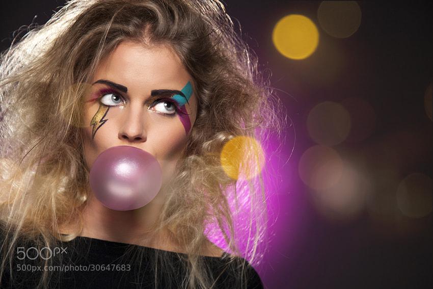 Photograph Bubble gum by Klaas van der Laan on 500px