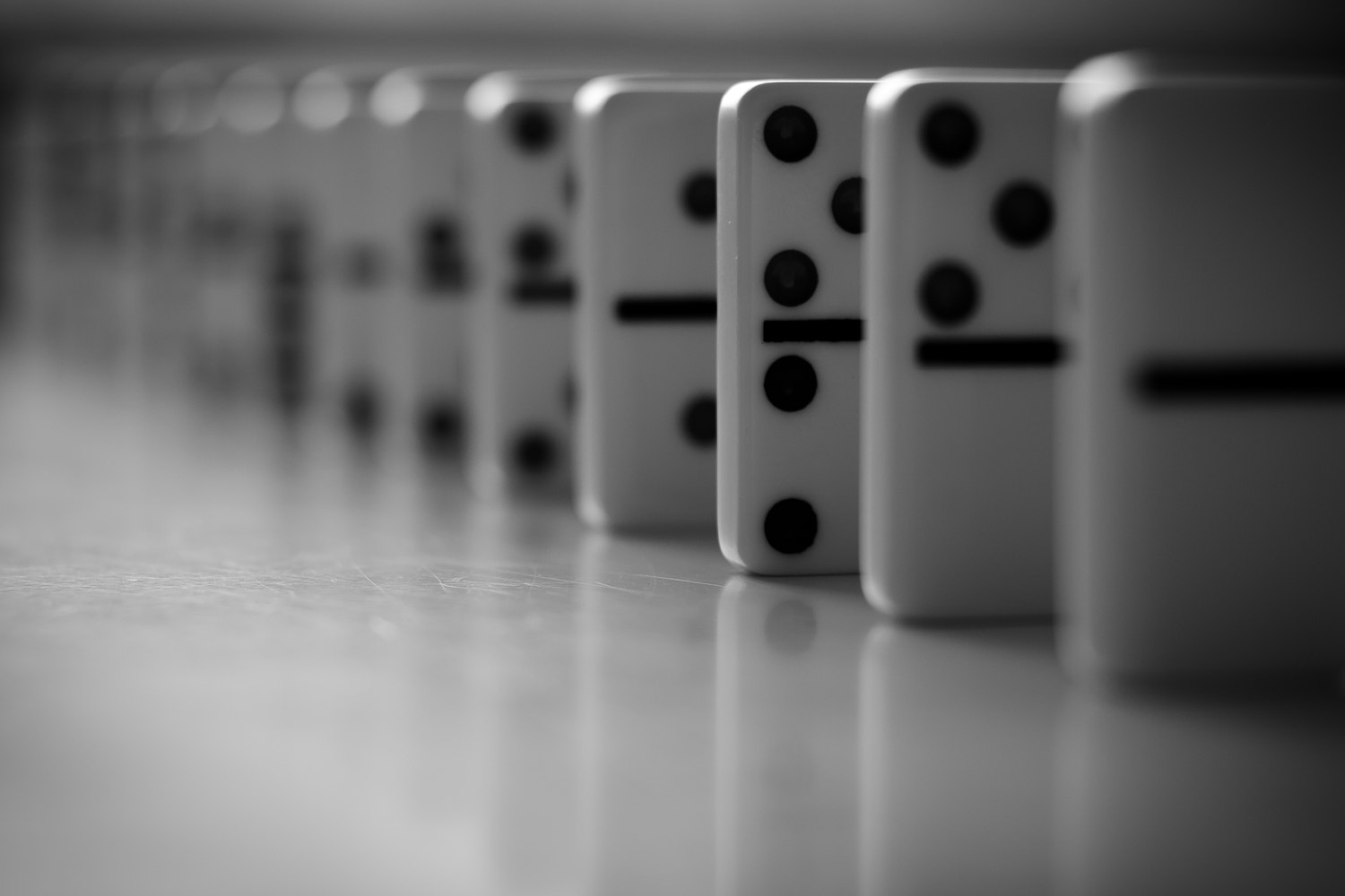 Photograph Domino by Ulf Bjolin on 500px