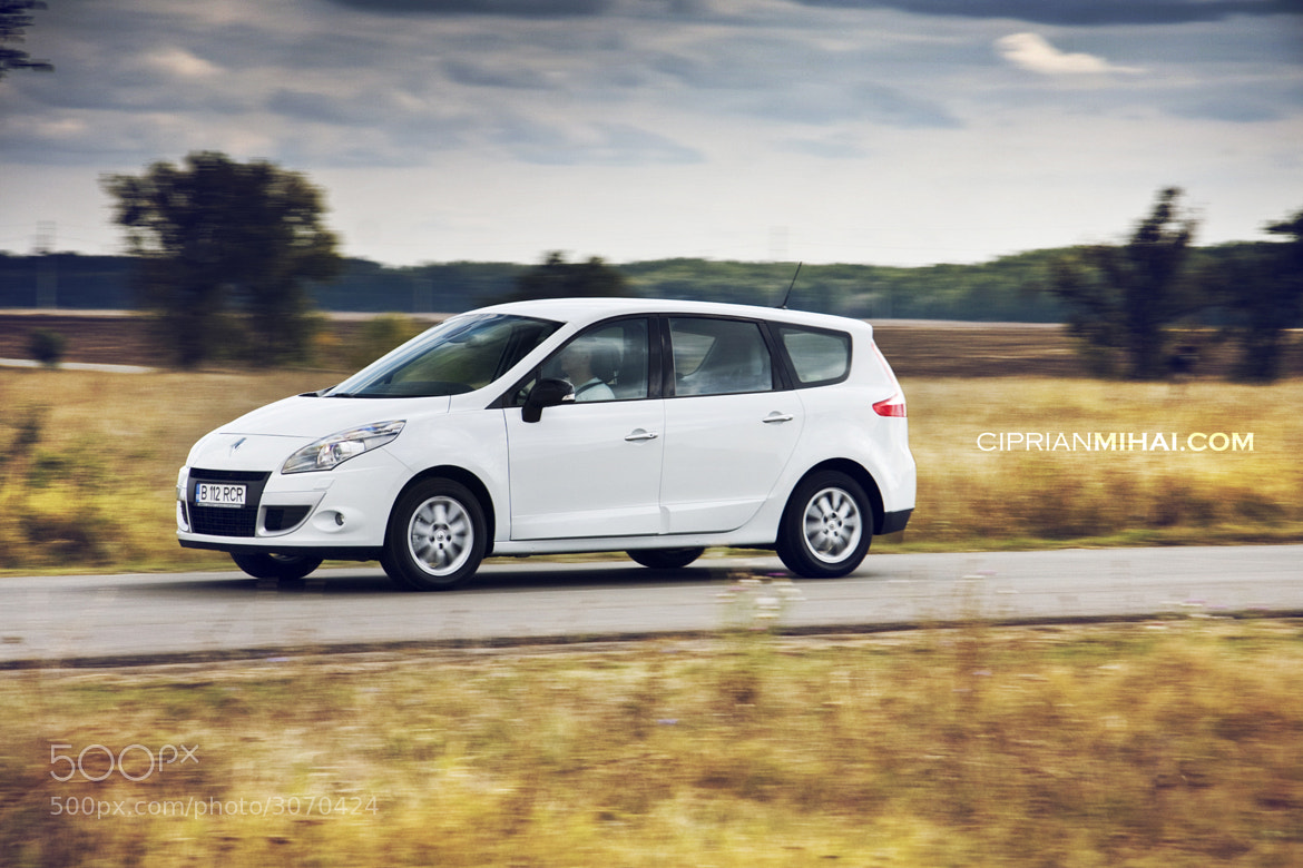 Photograph Renault Scenic by Ciprian Mihai on 500px