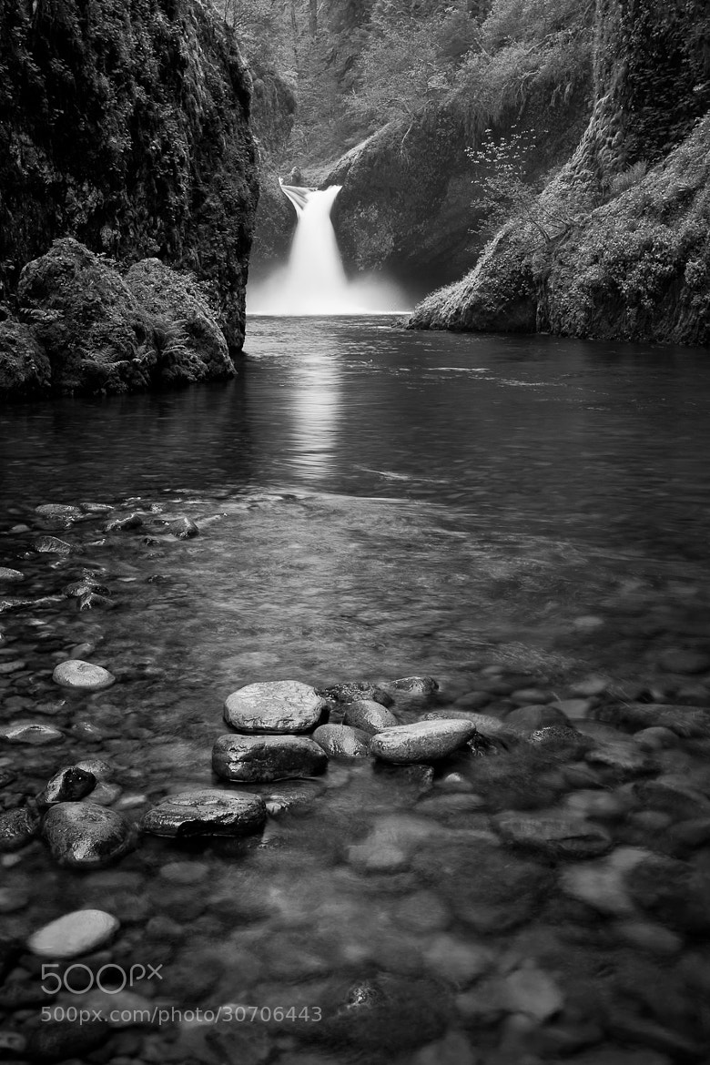 Photograph B&W Punch Bowl by Brian  Pemberton on 500px