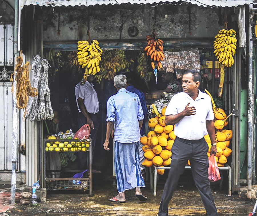 Jampettah Street, Kochchikade, Colombo #7 by Son of the Morning Light on 500px.com