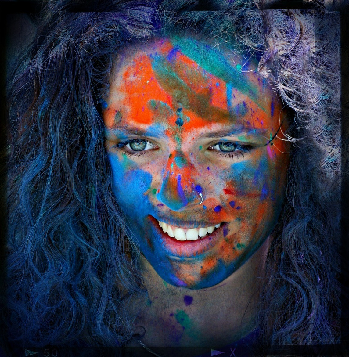 Photograph HOLI by Xavi Rosell on 500px