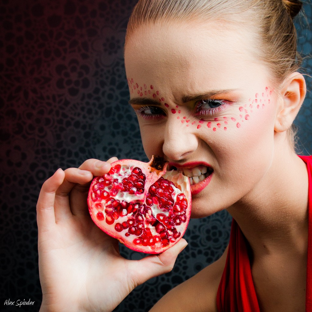 Photograph Pomegranate by Alex Spinder on 500px
