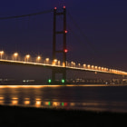 Постер, плакат: Humber bridge @ night