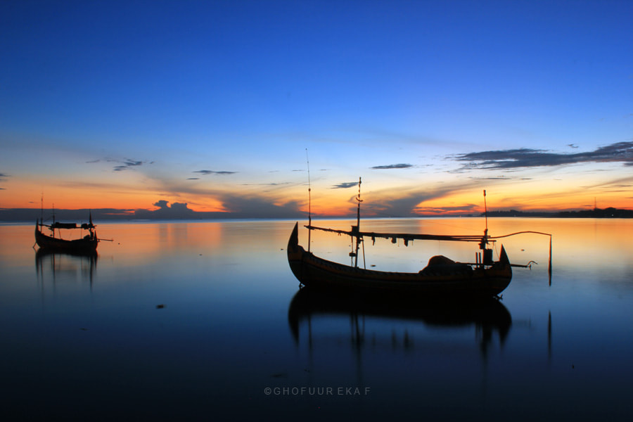 Photograph Morning in The Beach Boom Tuban by Ghofuur Eka Ferianto on 500px