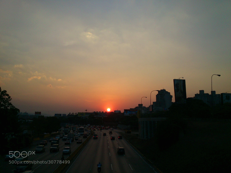 Photograph Cae el sol en Caracas by Victor Palmitesta on 500px