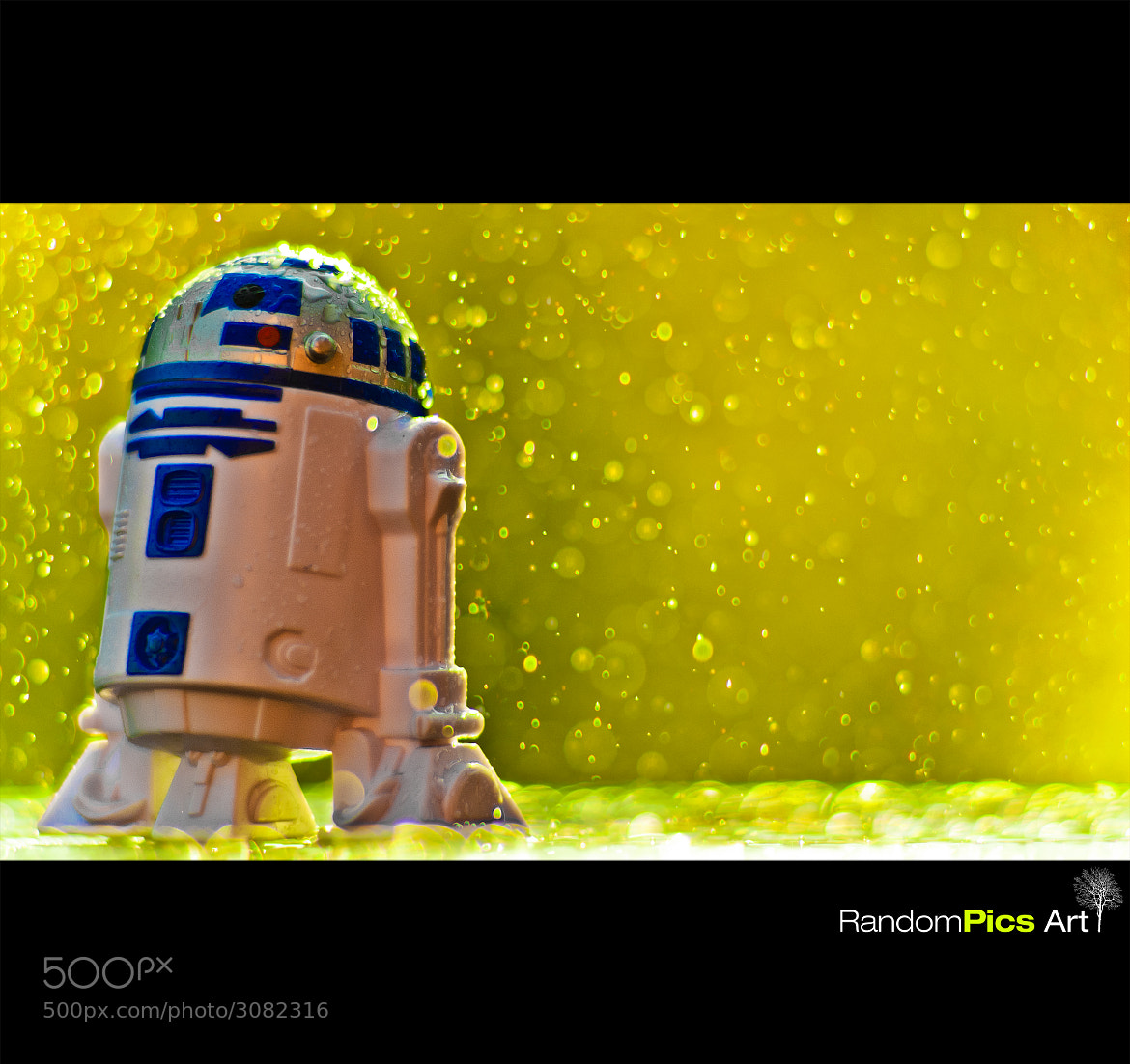 Photograph R2-D2 by RandomPics Art on 500px