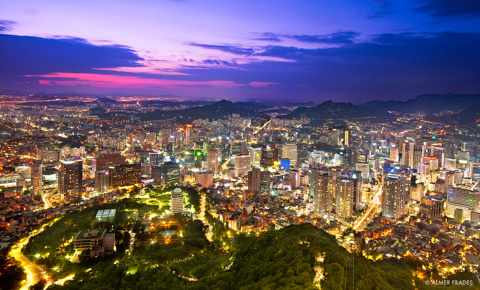 Photograph Sleepless in Seoul by Almer  Frades on 500px