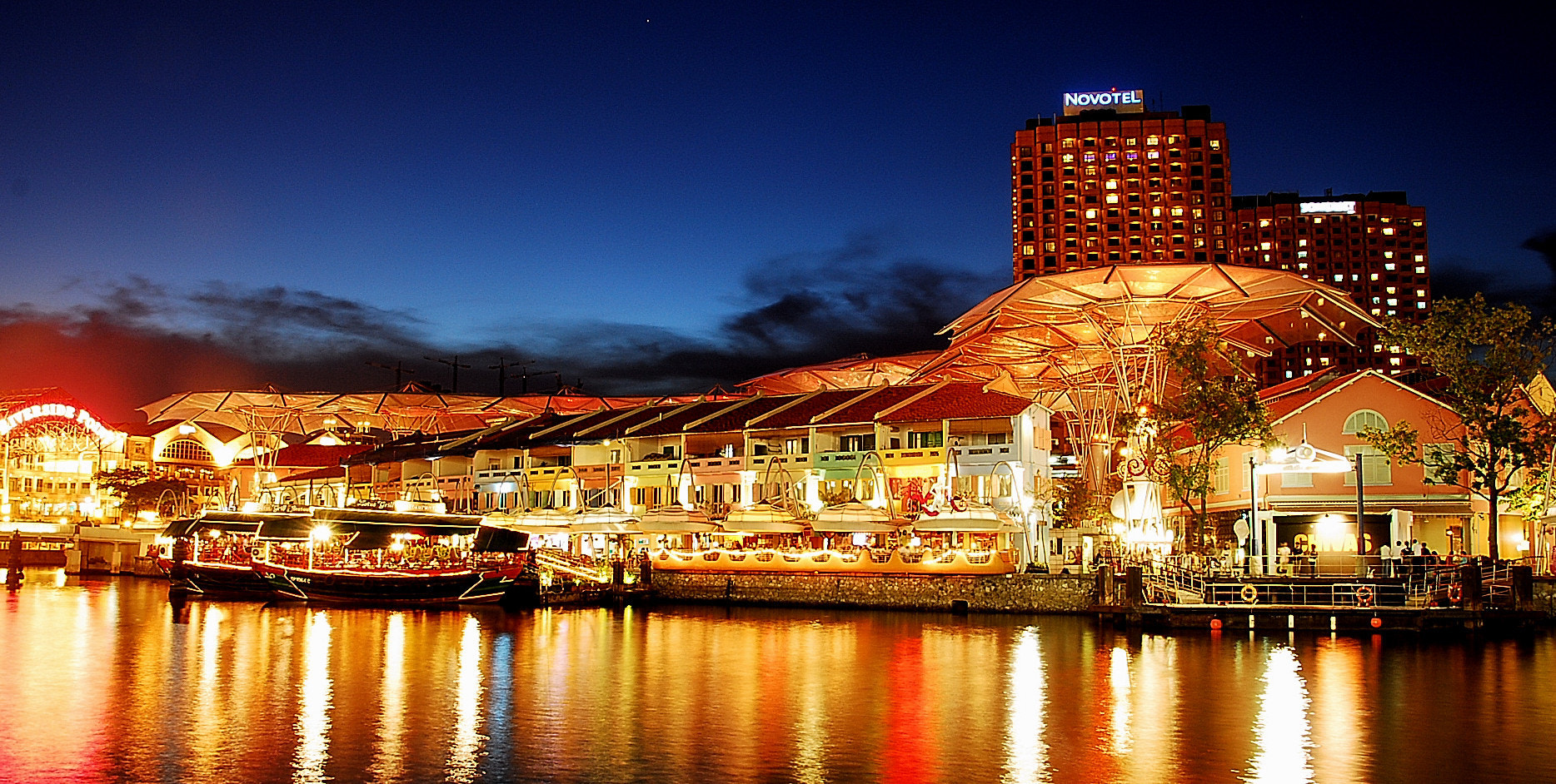 Photograph Clarke Quay by whopaintdsky  on 500px