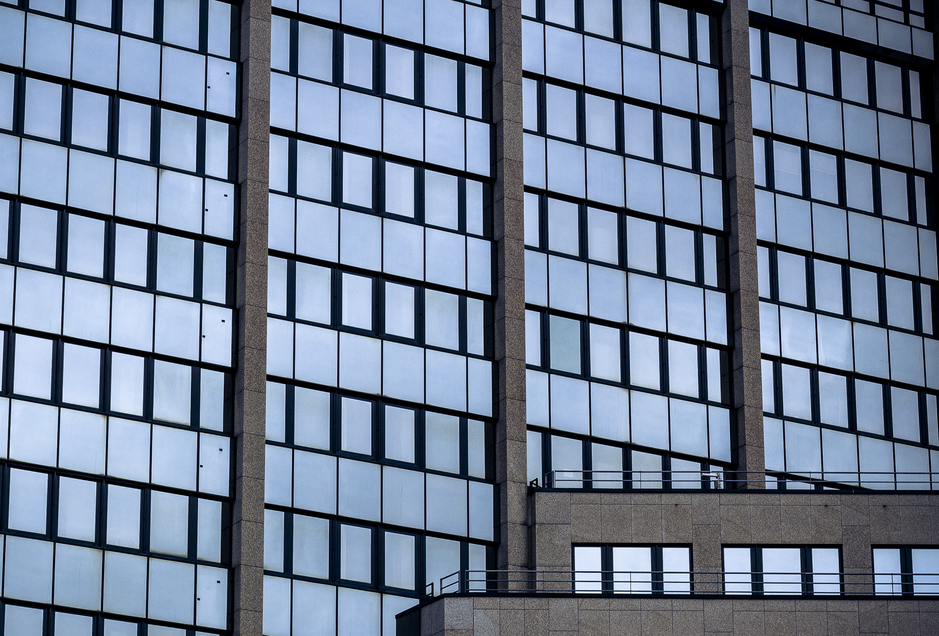 Photograph Lines and windows by David Kaiser on 500px