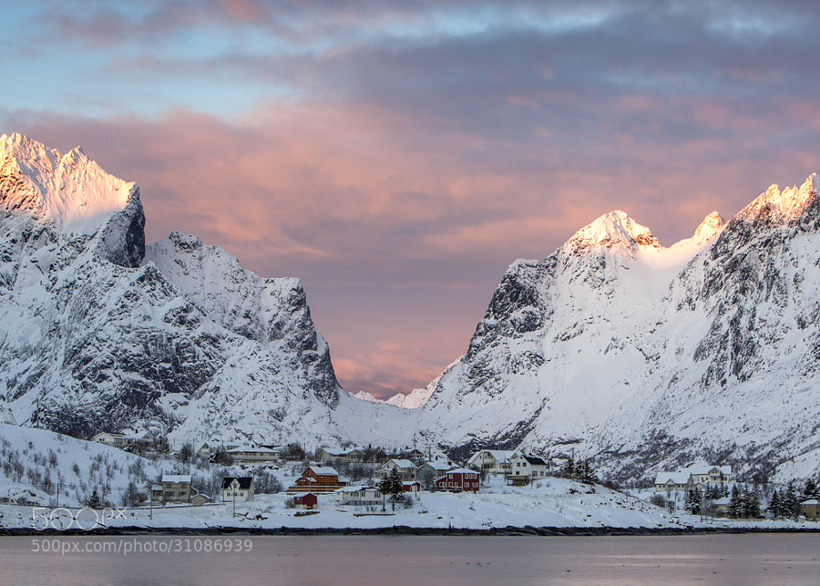 sundown, Reine, Lofoten