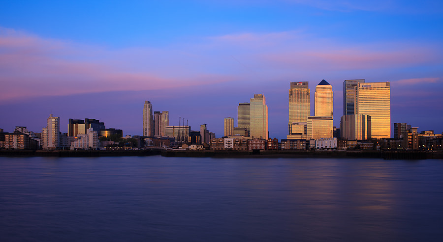 Docklands sunrise from O2