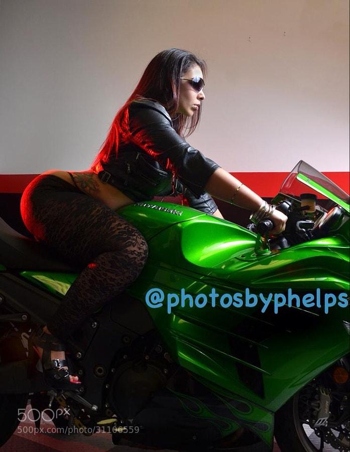 Nina La Unica showing her riding skills.