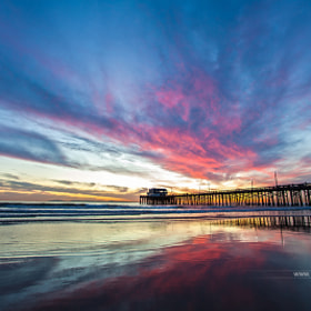 Amazing sunset at Newport Beach Pier