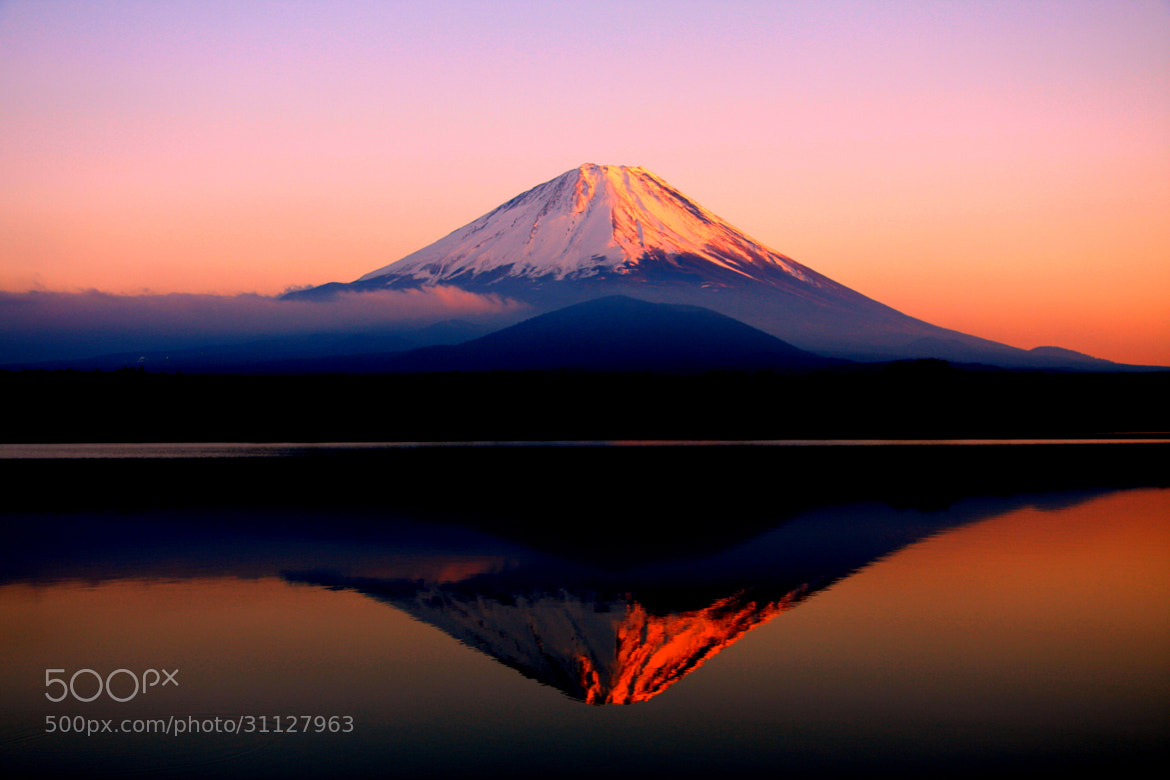 Photograph Red Mt.Fuji by Yasushi Ohta on 500px
