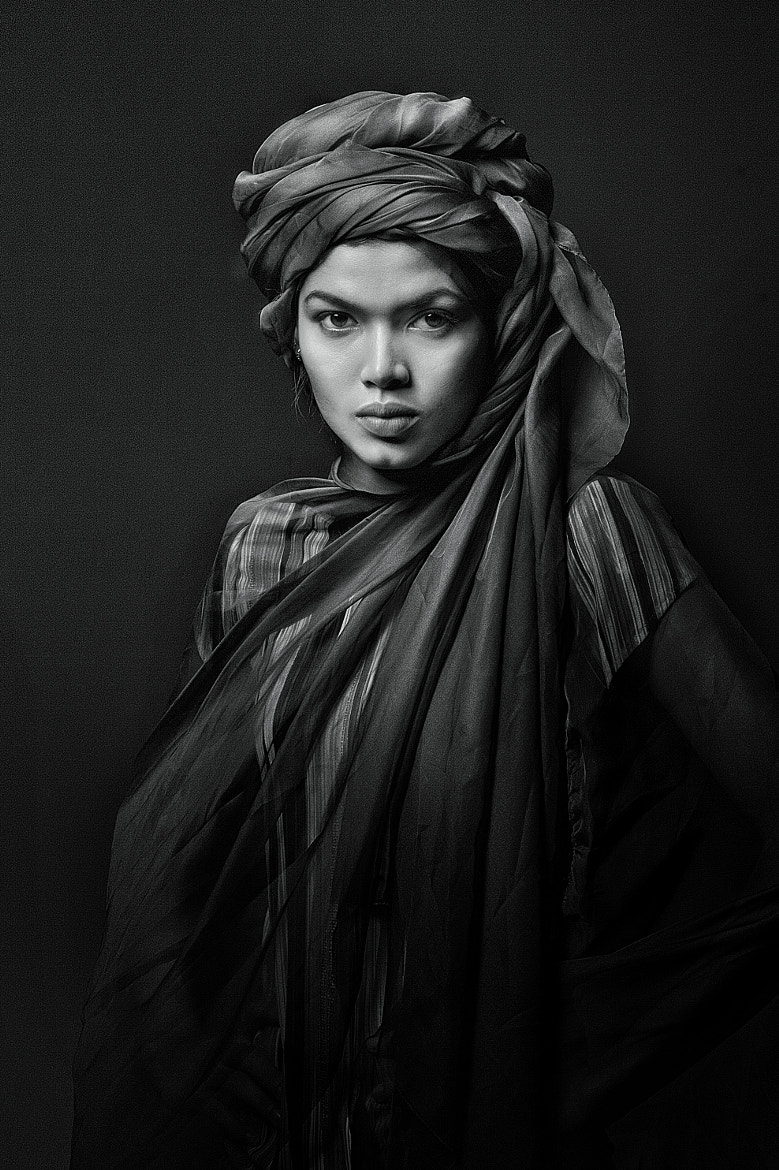 Photograph desert queen BW by Yaman Ibrahim on 500px