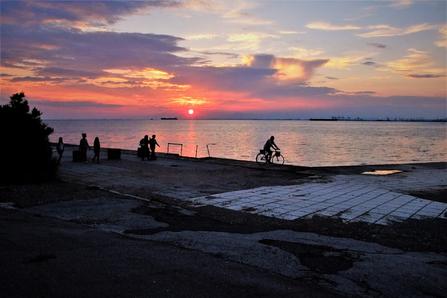 Thessaloniki-sunset by Vasilis Anastasiadis on 500px.com