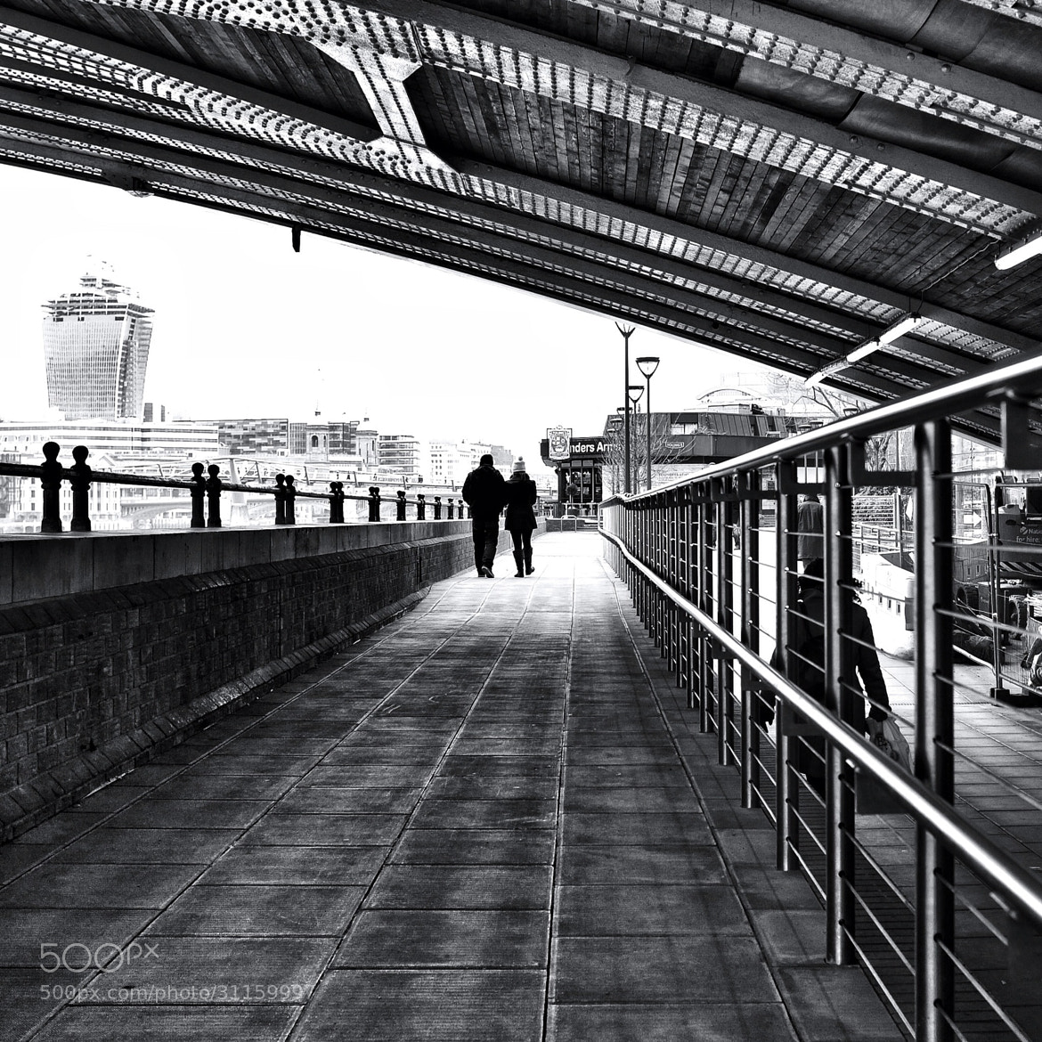 Photograph Under Blackfriars Bridge by Shaun Seymour on 500px