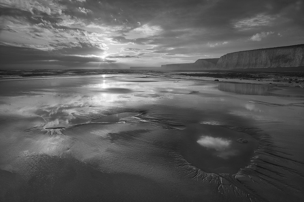 Photograph Last Light Mono by Daniel Hannabuss on 500px