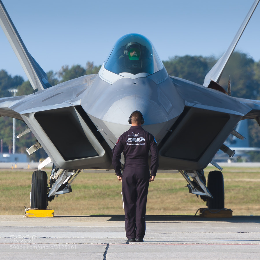 F-22A Raptor Team prepares for an early morning practice sortie