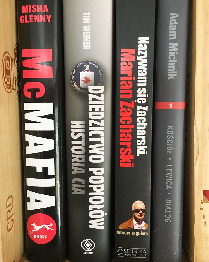 So Many Books by Sandra  on 500px.com