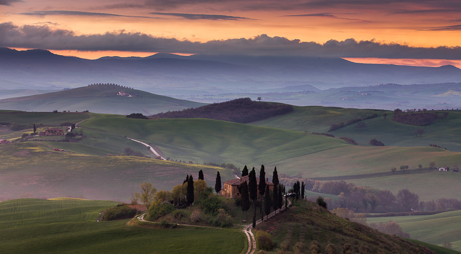 Photograph Morning in Val d'Orcia by Hans Kruse on 500px