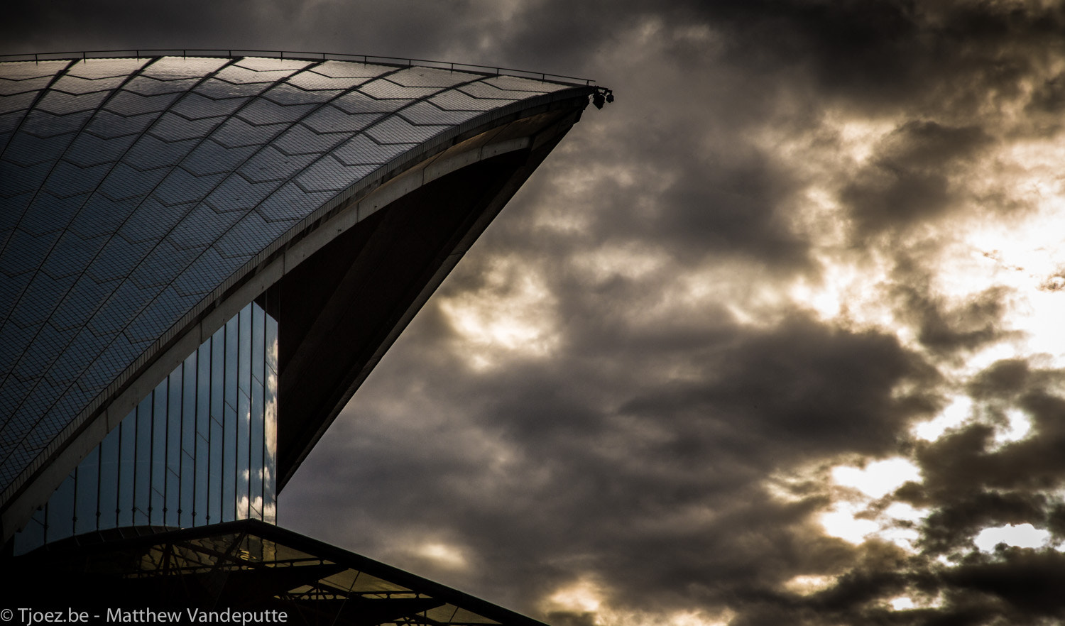 Photograph The roof. by Matthew Vandeputte on 500px