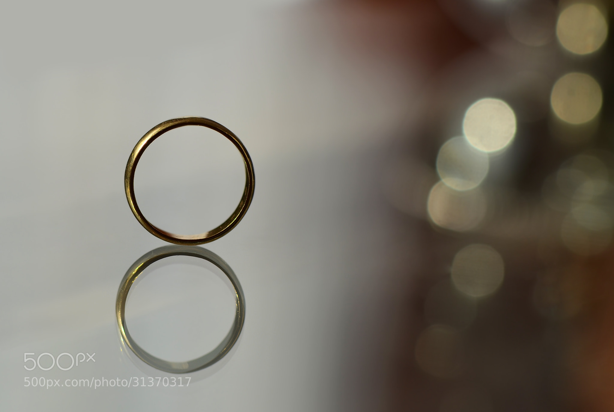 Photograph Gold rings by Juan Manuel Valle Durán on 500px