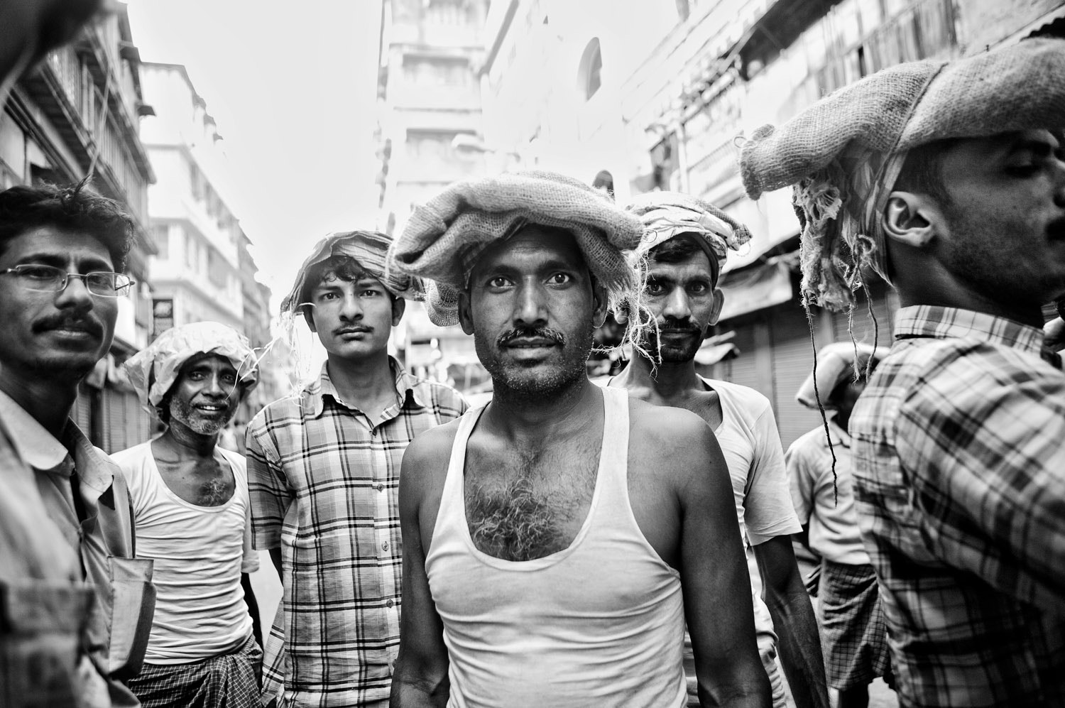 Photograph workers, calcutta by Ian Taylor on 500px