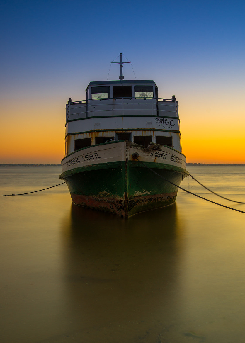 Photograph My Boat !   http://emanuelphoto.wix.com/foto by Emanuel Fernandes on 500px