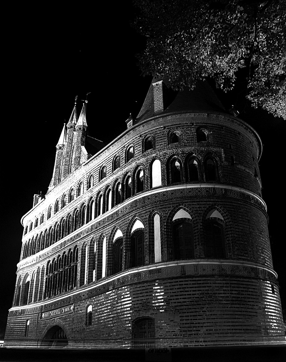 Photograph Holstentor by Eike Freywald on 500px