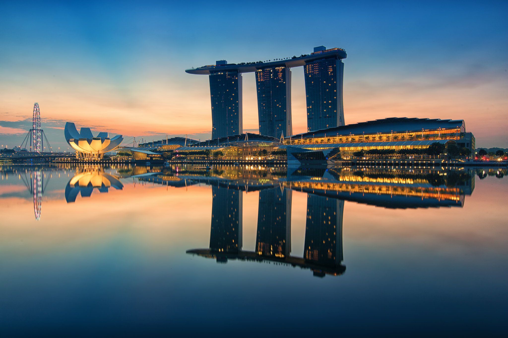 Photograph Dawn Hour at Marina Bay Sand by Jacobs LB on 500px