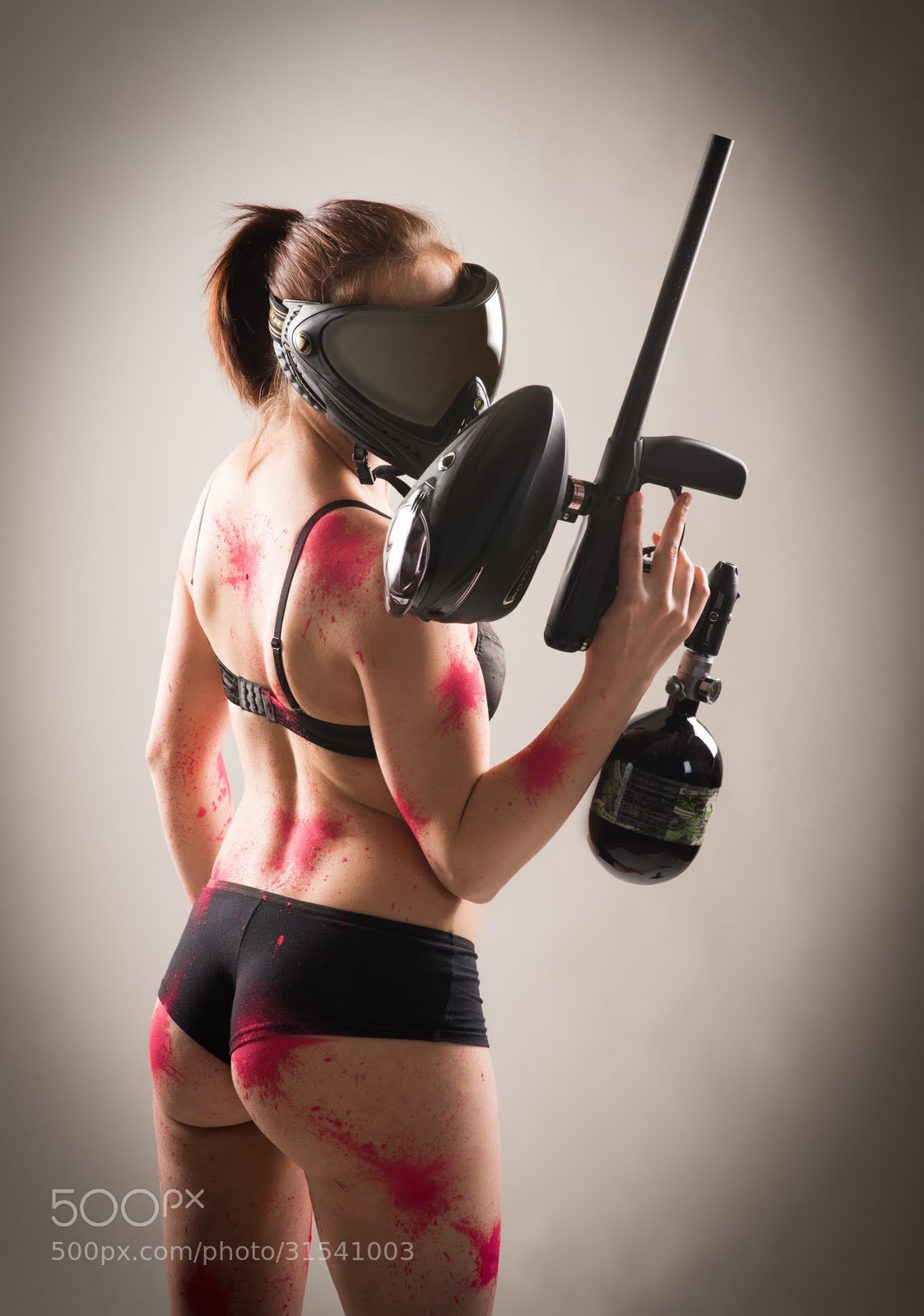 Gun paintball vs nude girl
