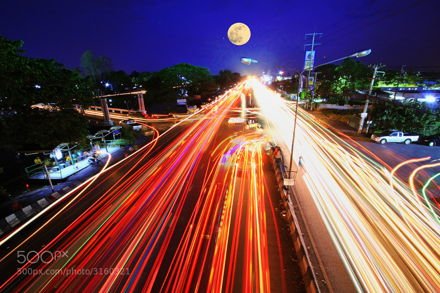 Photograph line of light  by Prachit Punyapor on 500px