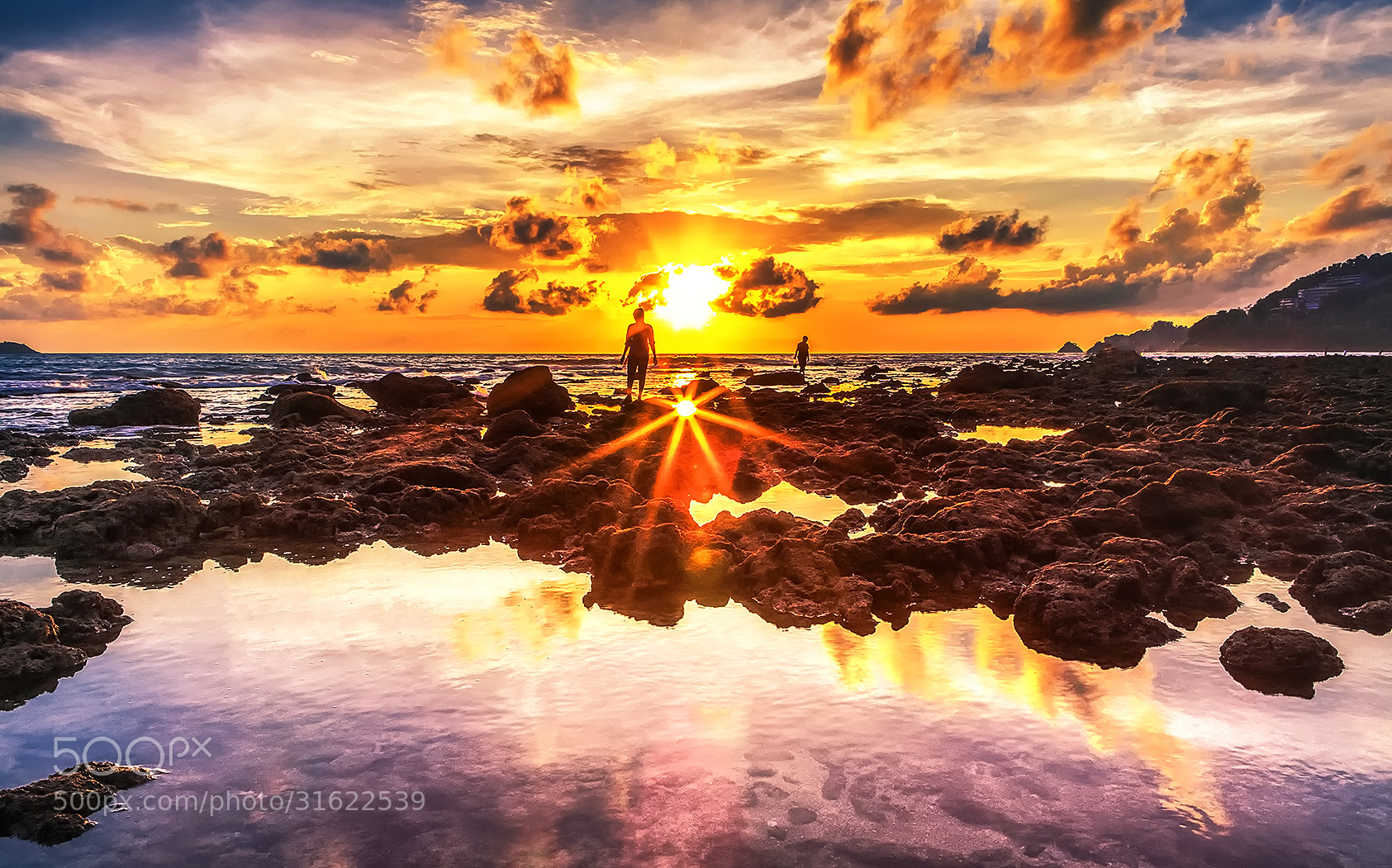 Photograph The sun in the water by Wazabi Bomb Bomb on 500px