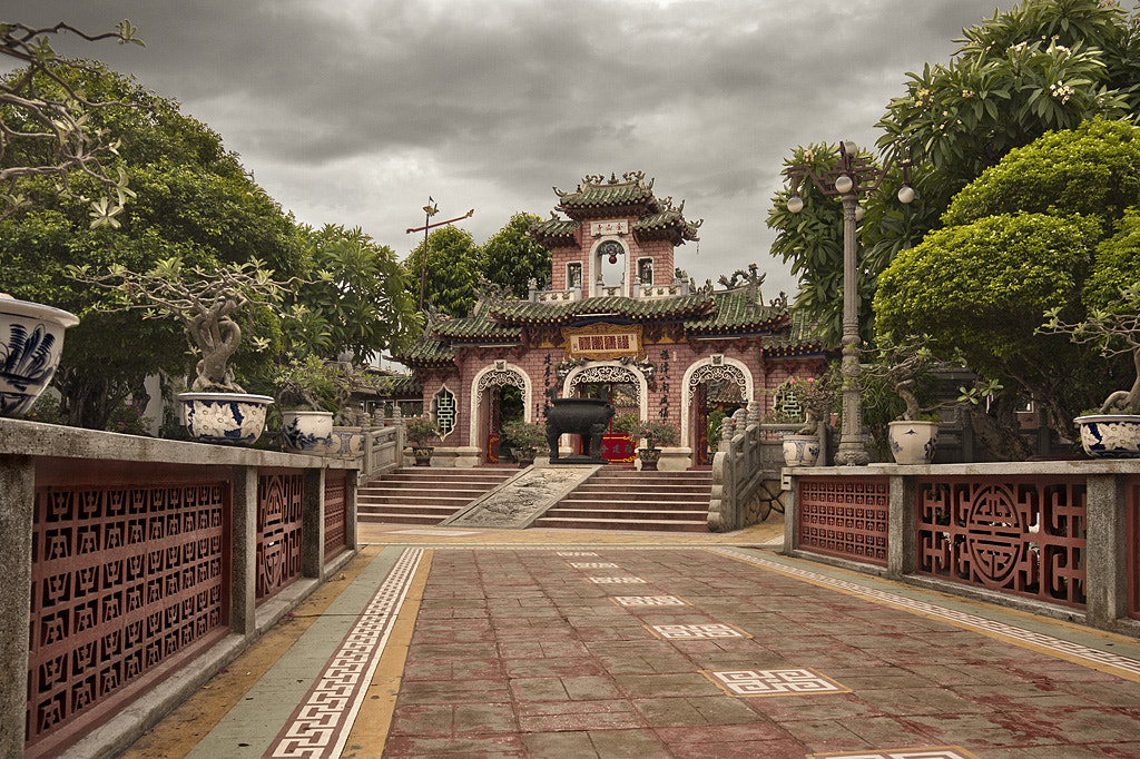 Photograph Chinese Temple (Hoi An) by Javi Pardo on 500px
