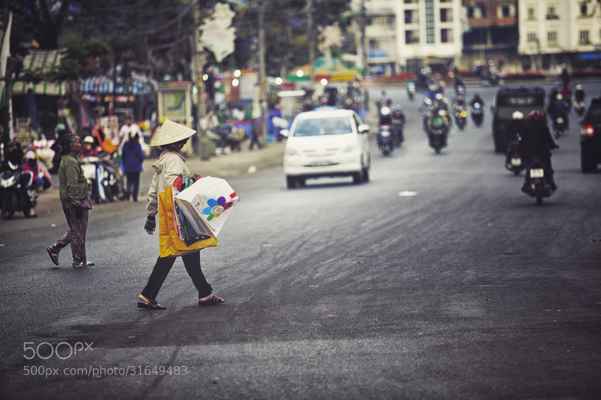 Photograph Cross the road by Tam Doan on 500px