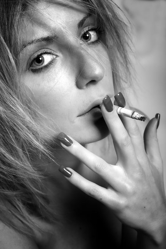 Photograph Cigarette by Tiziana Pielert on 500px