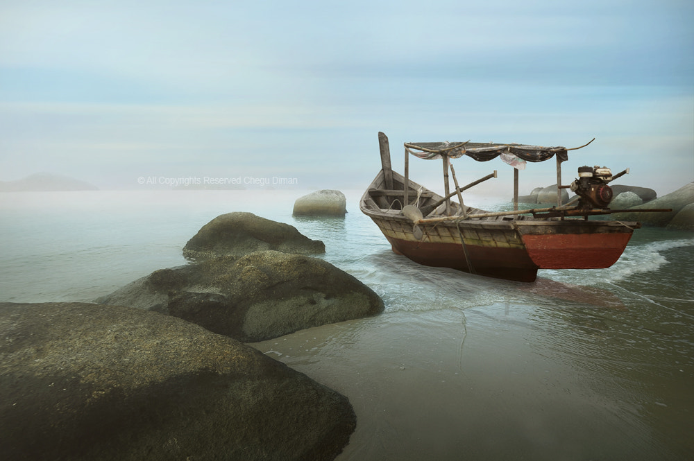 Photograph Sampan II by chegu diman on 500px