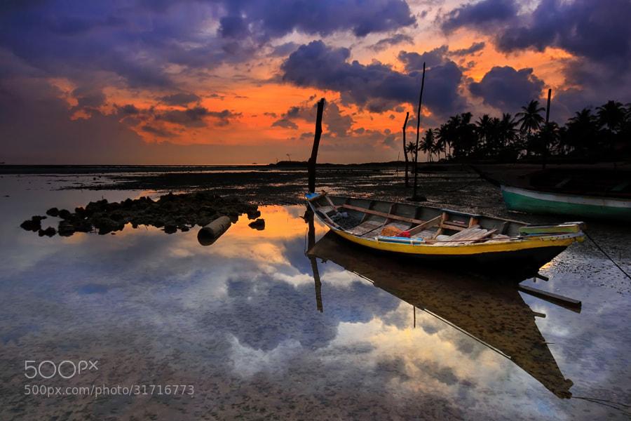 Photograph Sampan by Danis Suma Wijaya on 500px