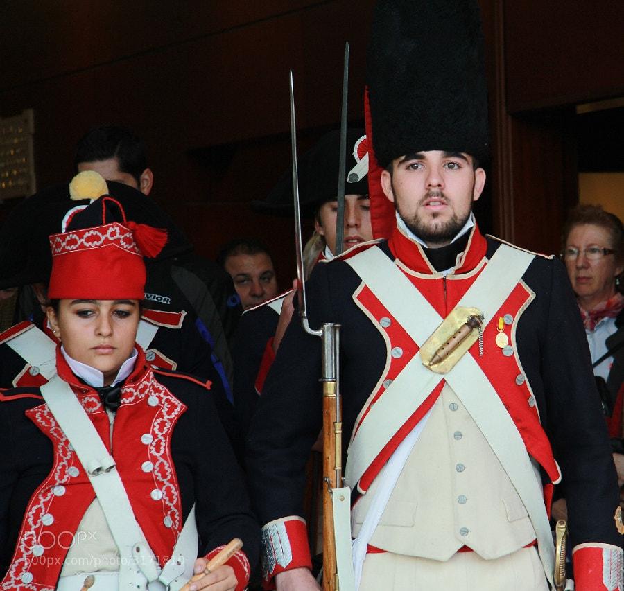 Los soldados Suizos defendieron la plaza de Málaga de la invasión Francesa. Los friquis malagueños lo recuerdan de vez en cuando a través de la Asociación Reding.