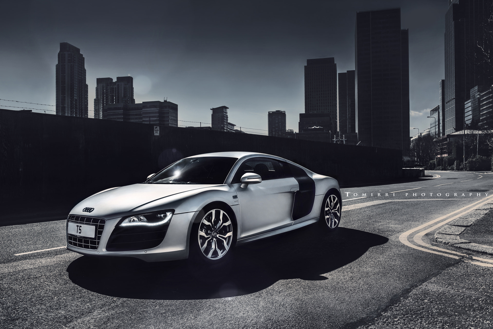 Photograph Audi R8 V10 by TomirriPhotography  on 500px