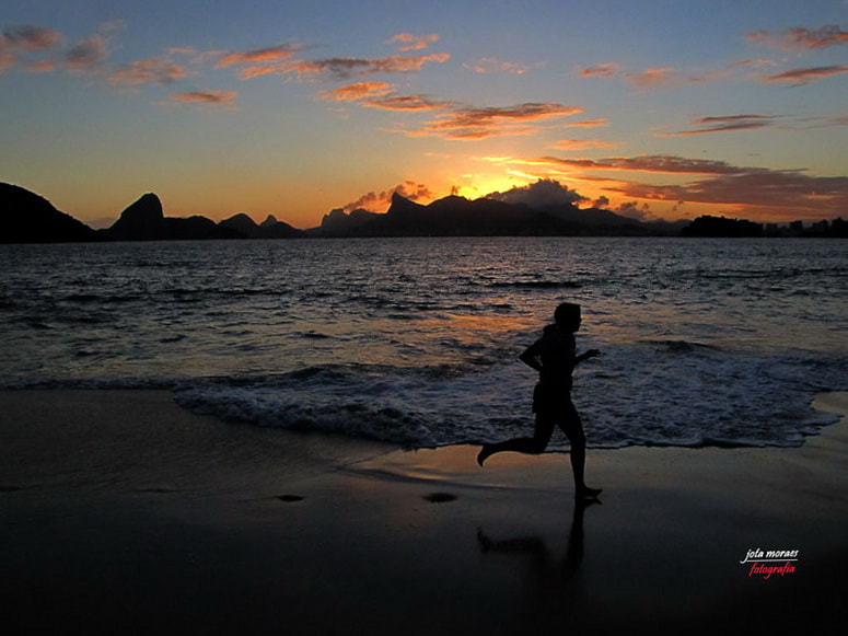Photograph Running with the light by jota moraes on 500px