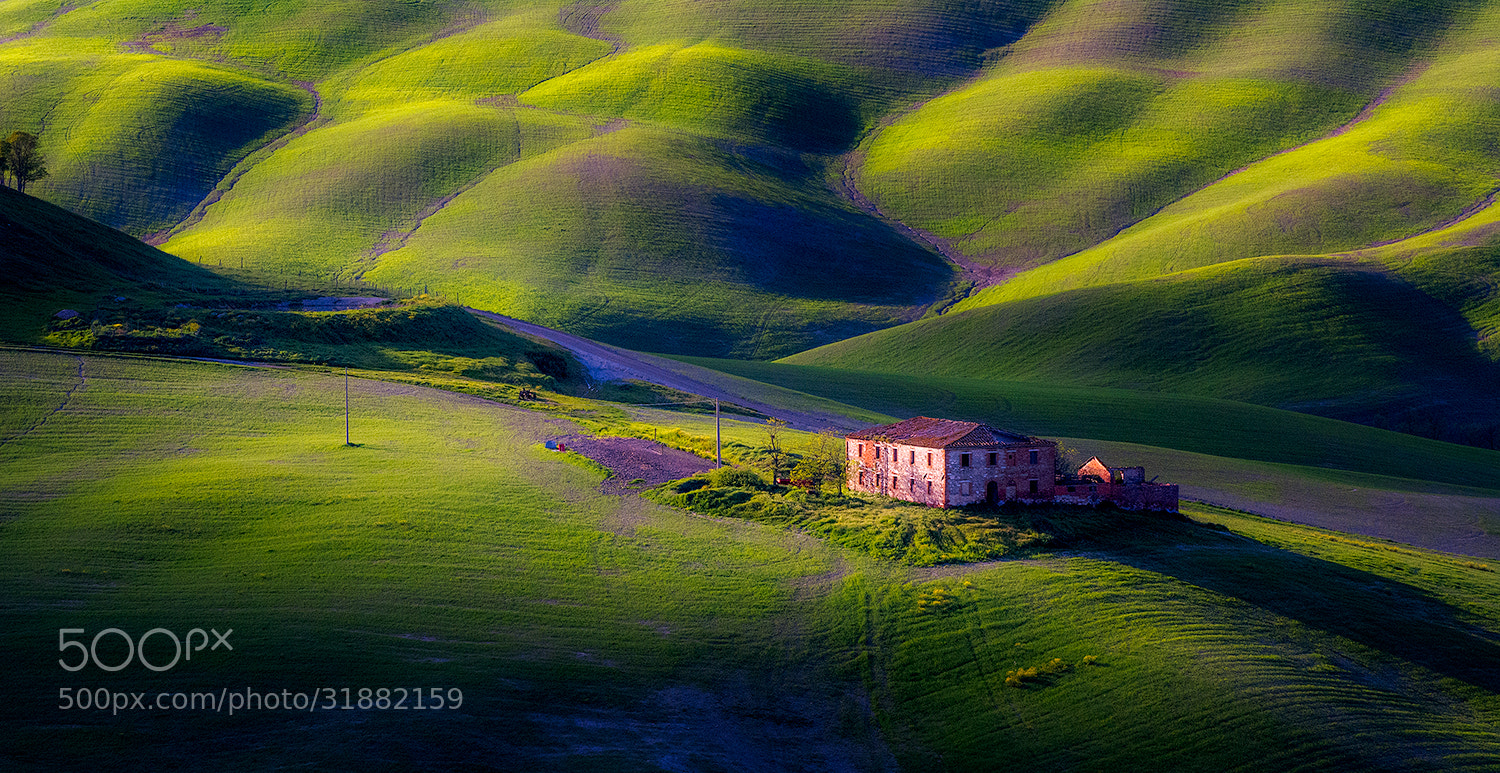 Photograph old farm  by Guido Maria Rustichini on 500px